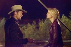 YOUR FAVORITE DVD BOX SET ONLINE: Justified-Romanticism in Telling Story