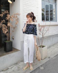 Here's Trendy korean fashion trends 4165190161 Korean Fashion Casual, Korean Fashion Trends, Korean Street Fashion, Ulzzang Fashion, Korea Fashion, Asian Fashion, Daily Fashion, Boho Fashion, Girl Fashion
