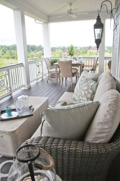 beautiful porch House of Turquoise: Amy Wagner + Jill Gaynor - Daily Home Decorations House Of Turquoise, Outdoor Rooms, Outdoor Living, Outdoor Decor, Outdoor Couch, Outdoor Patios, Outdoor Kitchens, Outdoor Areas, Porch Furniture