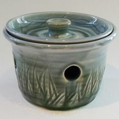 Kyle Smith Pottery on Farmers Market Finds