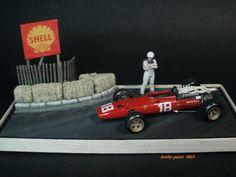 Afficher l'image d'origine Slot Car Tracks, Slot Cars, Ferrari, Old Hot Rods, Custom Action Figures, Model Building, Scale Models, Hot Wheels, Diecast