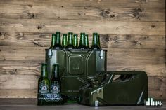 Jerrycan bottle bar