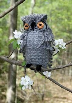 Hooter by Nicky Epstein was one of the free crochet owl patterns available to people who want to participate in Give a Hoot.