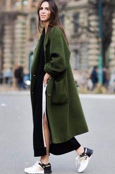 Fall Green coat. #green #military #kaki #coat #winter #streetstyle