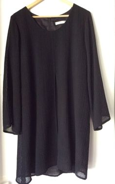 Rob Myer Size 8 Black Knit/Lace 100% Wool Boho Flared Bell Sleeves Women Dress