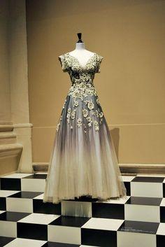 Paris Haute Couture http://vestitidarte.wordpress.com/2013/03/15/paris-haute-couture/