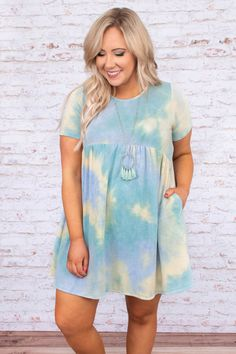 Simple Outfits, Cute Outfits, Hot Summer Looks, Tie Dye Patterns, Babydoll Dress, Dance Dresses, Feminine Style, Everyday Look, Plus Size Outfits
