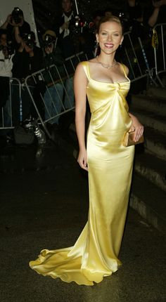 Scarlett Johansson has been to many Met Costume Institute Galas over the years, but we've still got a soft spot for the lovely yellow Calvin Klein gown that she wore to her first ever Met Gala in 2004. From the hue, to the artful draping of the silk, to ScarJo's youthful glow, everything about this look is perfectly elegant.