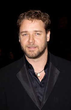 Russell Crowe is a an amazing actor at the Gladiator