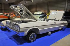 2016-Miami-lowrider-super-show-white-convertible1964-Impala-Chevy....