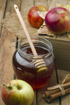 I'm not Jewish but love celebrating their traditions (because I have a few friends who do): A Food-Lover's Guide to Rosh Hashanah