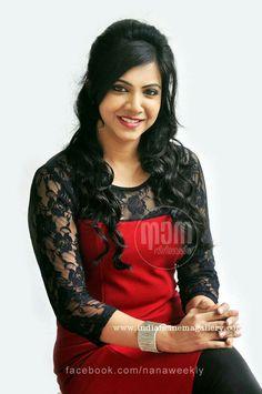 madonna sebastian Beautiful Indian Actress, Beautiful Actresses, Indian Actresses, Actors & Actresses, Indian Heroine, Saree Look, South Actress, Bollywood Stars, Celebs