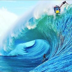 Caption this? #BallinOnABudget #amazing #imageintoxication #Photooftheday #Surf #surfing #barrel #tubelife #RedBull #Tahiti #wtf #JetSki #Wtf #instadope #photooftheday #lfl #bigwavesurfing #bigwaves #waves #oceans #fail #failoftheday