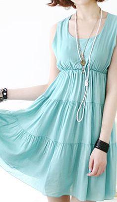 Summer dress with flounces