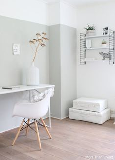 25 Cheap and Easy Home Decor Hacks for a Total House Makeover - The Trending House Minimalist Bedroom, Minimalist Home, Modern Bedroom, Boys Room Decor, Boy Room, Half Painted Walls, Small Workspace, Home Design, Romantic Bedroom Decor