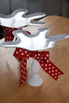 DIY Mickey Mouse Cupcake Stand (Tutorial) °o° I have a few sets of these Mickey appetizer plates (purchased from Target) ... Excited to use a couple to make these ADORABLE cupcake stands!! Such a FUN idea!!
