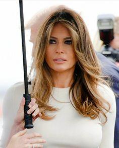 Milania Trump Hair, Milania Trump Style, Melina Trump, First Lady Melania Trump, Trump Melania, Classic Style Women, New Hair, Hair Makeup, Hair Cuts
