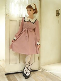 フラワードット刺繍ジョーゼット長袖ワンピース/ Otome Kei - The origin of Lolita