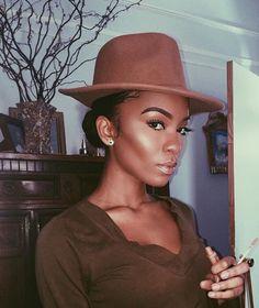 ✨ Go follow @blackgirlsvault for more celebration of Black Beauty, Excellence and Culture♥️✊ Makeup Inspo, Makeup On Fleek, Makeup Goals, Makeup Tips, Makeup Ideas, Illuminator Makeup, Highlighter Makeup, Skin Makeup, Black Girl Makeup Natural