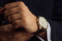 5 Great Watch Brands You Have Never Heard Of (Menswear Style) Meme Costume, Stylish Watches, Watches For Men, Patek Watches, Small Case, Custom Drapes, Mens Style Guide, Brand Store, Watch Brands