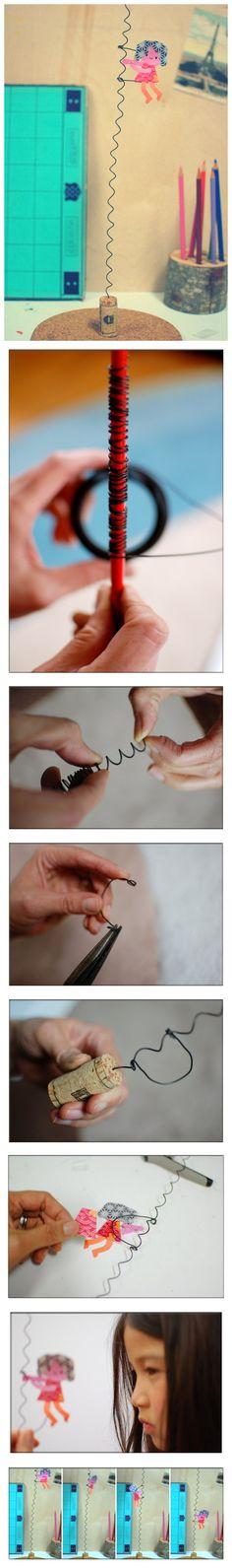 Figurine acrobate en fil de fer et bouchon de liège