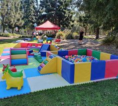 Today we travelled to Strathpine for a first birthday. The Bella package set up in a park, how amazing does it look. Baby Play Areas, Soft Play Area, Soft Play Equipment, Brisbane Kids, Creative Kids Rooms, Foster Baby, Girl Birthday Decorations, Best Dog Toys, Toy Rooms