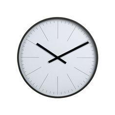 Cechy i korzyści: nowoczesny zegar o średnicy 38 cm, czarne krótkie kreski komunikują minuty, a dłuższe – godziny, dzięki białej tarczy z daleka można odczytać godzinę, idealnie pasuje do prostego ...