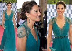 Kate Middleton, her dress is stunning!