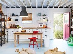 Carve out studio, creative or business space in your garage! This post contains garage studio inspiration ideas. Carve out studio, creative or business space in your garage! This post contains garage studio inspiration ideas. Garage Studio, Garage Gym, Garage House, Garage Office, Garage Doors, Diy Garage, Small Garage, Garage Shop, Convert Garage To Office