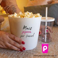 #copopersonalizado #kitcinema #netflix #cinema #pipoca #baldedepipoca #copospersonalizados #copoacrilico #amigas #formatura #presente #lembrancinha #ideiadepresente #diadasmaes #diadospais #eventos Team Bride, Thing 1, Dunkin Donuts Coffee, Coffee Cups, Drinks, Food, Personalized Gifts, Custom Products, Popcorn Bucket