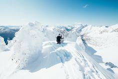 mountainsphotographysnowboardingskiingbackcountrypowdersunshineblueskyblue skysmith gogglessmithk2skisnowboardbritish columbiawintercanadasnowtraveladventure #dnns #nosamurai #dontneednosamurai