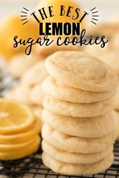 A close up of a cake Lemon Dessert Recipes, Delicious Cookie Recipes, Fun Baking Recipes, Lemon Recipes, Yummy Treats, Easy Recipes, Sweet Treats, Lemon Sugar Cookies, Sugar Cookies Recipe