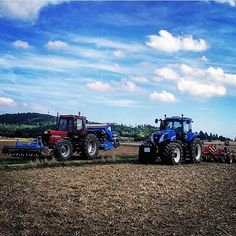 #newholland #t8390 und #caseih #1455xl bei der #saat #landtechnik #landwirtschaft #agriculture Danke für das Foto an @tim_jaeger_1800 by topagrar