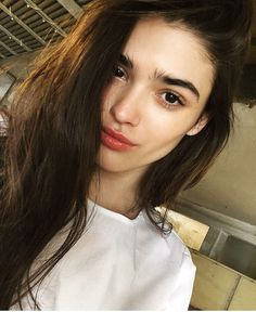 Makeup Artist ^^ | https://pinterest.com/makeupartist4ever/  Bushy brows and blush toned lip