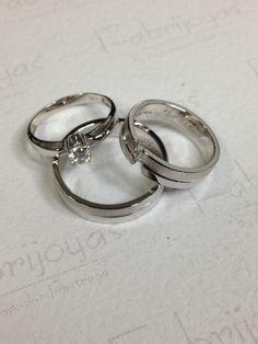 Juego de argollas y anillo oro blanco 18 k con diamantes . (Fabrijoyas)