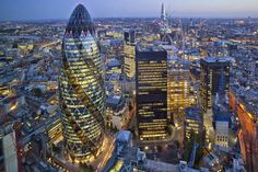 The City of London is lined with high-end bars and ritzy restaurants. Check out all of our top tips and suggestions below, in 'Where to Eat in the City of London'. City Of London, London Eye, London Night, Air France, Piccadilly Circus, London England, Skyline Von London, Gherkin London, London Property