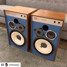Such beauty. #Repost @ictwoody ・・・ Pretty hyped by the way my #JBL 4312 restoration turned out. Probably going to sell them... but pretty awesome little speakers. #hifi #audiophile #vintageaudio #whatsspinning #vinylrecords
