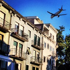 Dezesseis aviões ...
