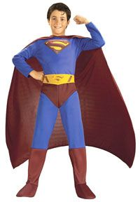 Looking for some spectacular Superman costume ideas for the ideal Man of Steel look? Where to find Superman costumes? We have lots of Superman costumes! Superman Halloween Costume, Superhero Halloween Costumes, Halloween Fancy Dress, Halloween Kids, Costume Garçon, Boy Costumes, Super Hero Costumes, Children Costumes, Couple Costumes