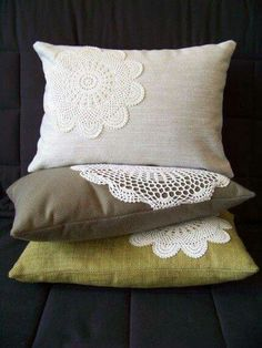 sew pretty lace doilies onto plain cheap pillows! maybe could also dye the doilies if you wanted color? Now I have a use for the doilies I got when my grandma passed away. Sewing Pillows, Diy Pillows, Decorative Pillows, Throw Pillows, Cheap Pillows, Pillow Ideas, Lace Pillows, Crochet Cushions, Modern Pillows