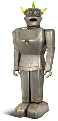8-foot robot Cygan from 1950s auctioned for $27,000