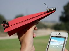 Smartphone-controlled paper airplane kit conquers the skies via @CNET