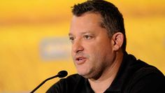 08-18-2015  Tony Stewart Iffy About Fifth Surgery On Right Leg