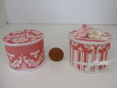 Hey, I found this really awesome Etsy listing at https://www.etsy.com/listing/188493013/dollhouse-112-scale-matching-hatboxes