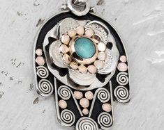 #Religious #hamsajewelry #SterlingSilver #israel #kabbala #hamsajewelrynecklace #jewelry #handmade #etsy #ooaky #hamsa jewelrynecklaceevileye #Finejewelry #Gemstonejewelry #goldjewelry #silver #fashion #women #gifts #forher  Turquoise Hamsa, Silver Hamsa, Hand of Fatima Charm, Judaica Art, Hamsa Necklace, Hamsa Hand Pendant, Evil Eye Pendant