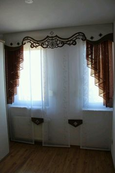 Off White Curtains, Drapes Curtains, Valence, Window Treatments, Cornice Ideas, Window Picture, Upholstery, New Homes, Windows