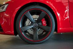 audi-alloy-wheel-collection-the-germans-have-swag-photo-gallery_5.jpg 960×639 pixels