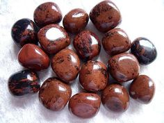Mahogany Obsidian: Carries all of the healing properties of Obsidian plus it grounds, protects & gives strength in times of need. It balances yin & yang. Also helps you reclaim your power. Helps energy blocks, pain, circulation, arthritis, joint pain, cramps, bleeding, enlarged prostate & even brings compassion.