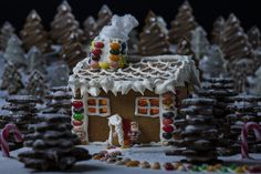 Gingerbread House and Biscuits - Australian FlavoursAustralian Flavours | Australian Flavours