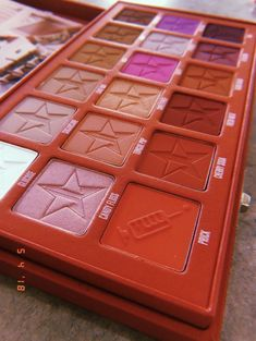 something interesting I found to share Pretty Makeup, Love Makeup, Makeup Inspo, Makeup Inspiration, Beauty Makeup, Makeup Kit, Eyeshadow Makeup, Makeup Cosmetics, Jeffree Star Eyeshadow